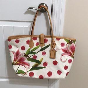 Dooney & Bourke tote / shoulder bag
